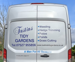 Gardening Services - Cotswolds - Weeding, Hedge Trimming, Patios, Ponds, Grass Cutting